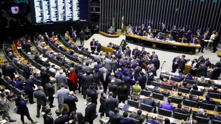 Sessão que analisava os destaques da reforma da Previdência foi encerrada às 2h - Foto: Luís Macedo   Agência Câmara