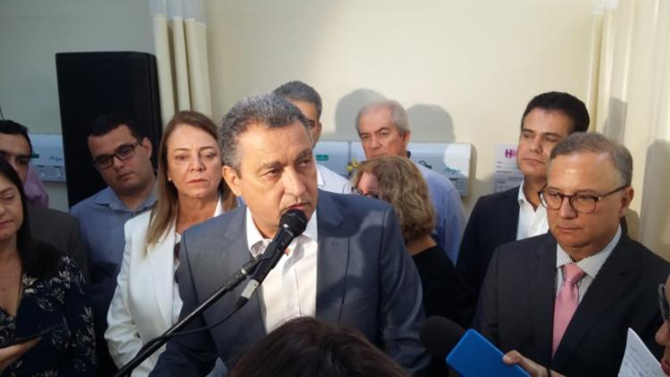 Governado disse que convidou o ministro para inauguração do aeroporto - Foto: Shirley Stolze I Ag. A TARDE