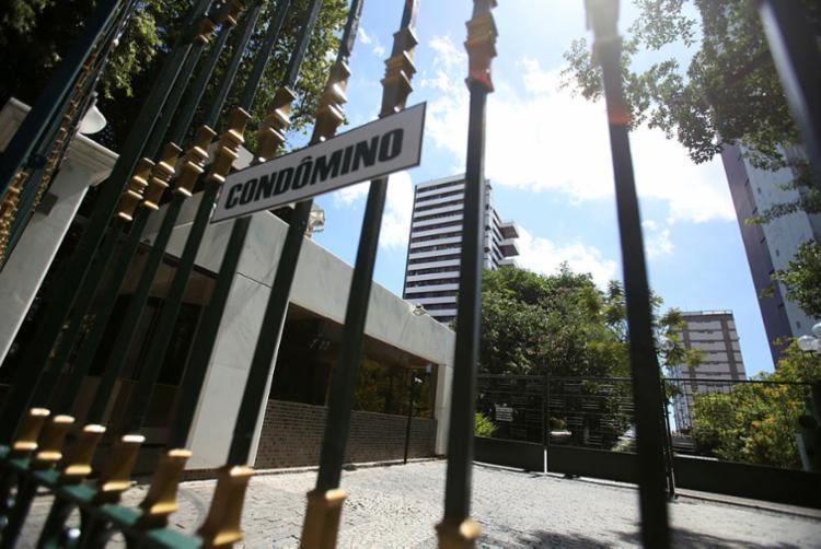 Dois homens morreram no dia 18 de março deste ano, após a queda de um elevador de carga - Foto: Joá Souza | Ag. A TARDE