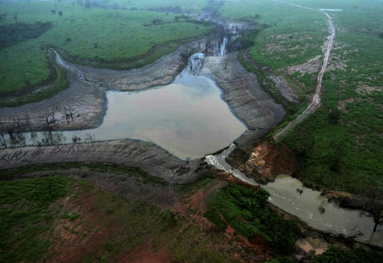 A cidade sofre com os efeitos das enchentes resultantes do rompimento da Barragem do Quati - Foto: GOVBA   Divulgação