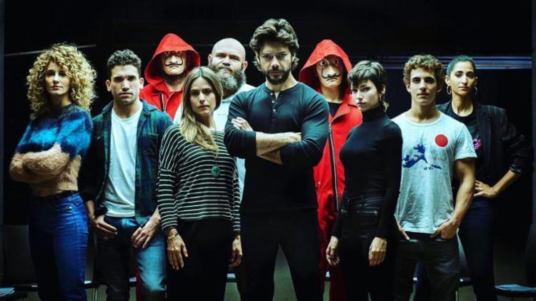 A terceira temporada reúne os mascarados na missão impossível de roubar ouro - Foto: Divulgação | Netflix