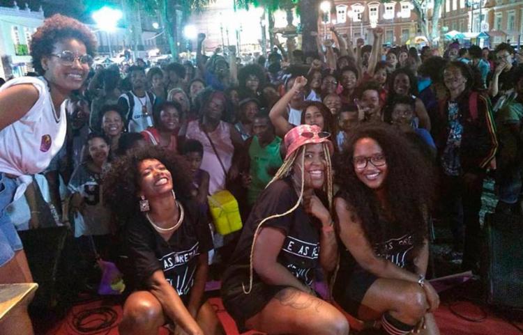 Dupla VisiOOnárias já se apresentou na Marcha do Julho das Pretas no ano passado