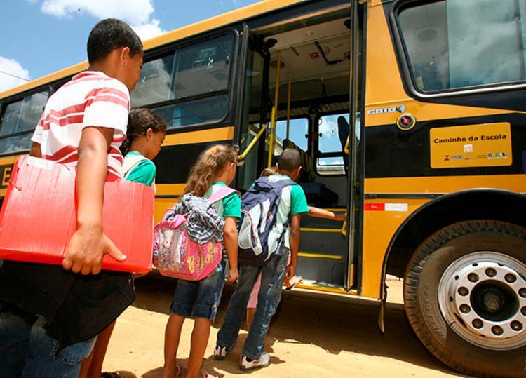 Transporte foi prejudicado porque empresas habilitadas na licitação não tinham condições de operar - Foto: Joa Souza | Ag. A TARDE