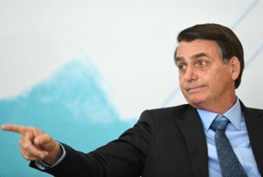 'Se for para ser um banana, um poste, estou fora', diz Bolsonaro |