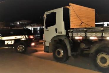 Caminhão roubado é localizado pela PRF em Vitória da Conquista | Divulgação | PRF