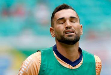 Gilberto fará exame para avaliar gravidade de lesão   Felipe Oliveira   EC Bahia