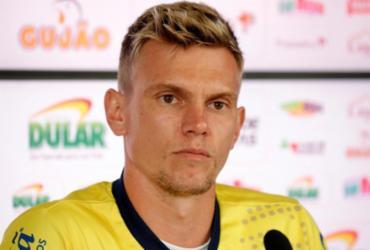"""Douglas avalia bom momento no Bahia: """"Temos um coletivo forte""""   Felipe Oliveira   EC Bahia"""