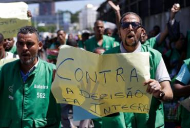 """Após manifestação de baleiros, Integra diz """"ônibus não é local para comércio"""""""