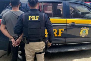 Suspeito de crimes em Pernambuco é preso na BR-116 | Divulgação | PRF-BA