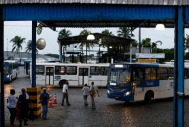Rodoviário é esfaqueado durante assalto em Salvador | Raul Spinassé | Ag. A TARDE