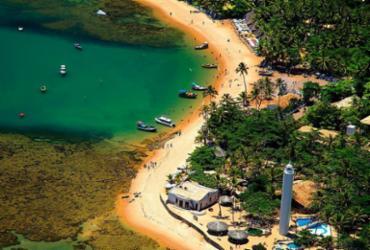 Praia do Forte: Prefeitura libera eventos para 'vacinados' e estende limite até 500 pessoas