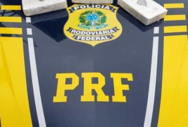 Mulher é presa com 3 kg de drogas em ônibus na BR-116 | Divulgação | PRF
