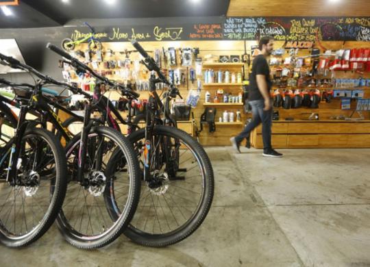 Negócios envolvendo bicicletas movimentam a economia baiana | Rafael Martins l Ag. A TARDE