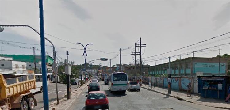 Acidente aconteceu próximo à escola Helena Matheus - Foto: Reprodução I Google Street View