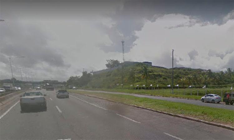 aguas claras, salvador, transito - Foto: Reprodução I Google Street View