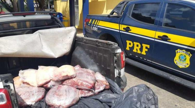 Carga era transportada sem refrigeração e documentos - Foto: Divulgação I PRF