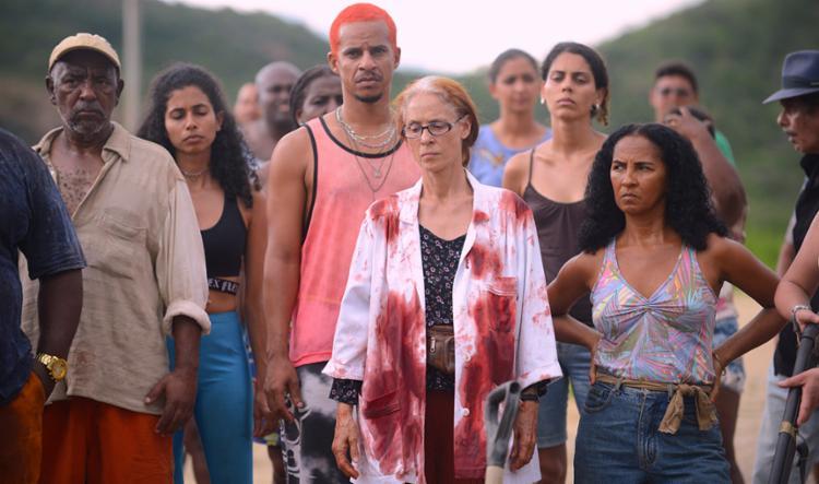 No filme, os estrangeiros são os vilões e os nativos têm que lutar com as armas que possuem contra a ameaça de longe e de perto - Foto: Victor Jucá   Divulgação