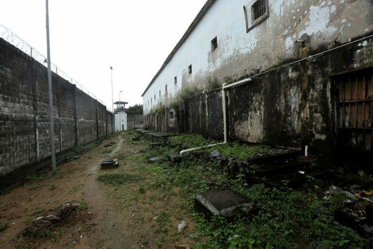 Trinta e dois internos que cumpriam pena nas celas da Ala Azul foram transferidos