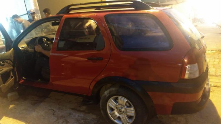 Com Juliano foi apreendido um veículo modelo Palio Weekend, placa JQT-2233 - Foto: Divulgação | SSP-BA