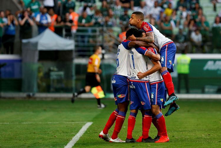 Revoltado pelas decisões da arbitragem, o Palmeiras se desequilibrou e não teve forças para buscar o triunfo - Foto: MARCO GALVÃO | ESTADÃO CONTEÚDO