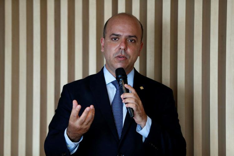 Secretário afirma que medida vai desonerar a mão de obra e custo dos empresários - Foto: Tânia Rêgo | Agência Brasil