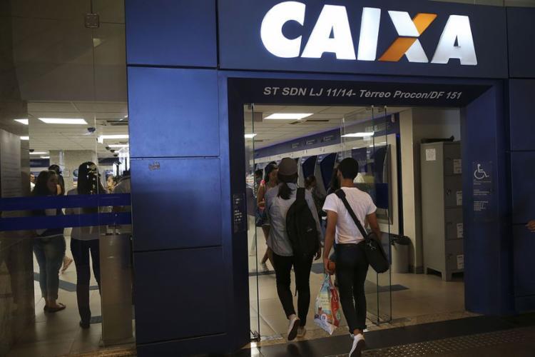 Hoje, as taxas dos contratos da Caixa indexados à TR possuem juros variando entre 8,30% e 9,95% - Foto: José Cruz l Agência Brasil