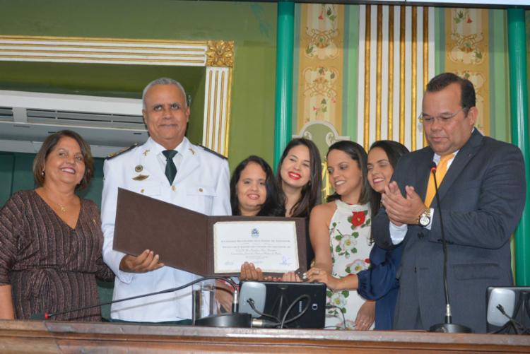 A honraria foi concedida por iniciativa do presidente da Casa, o vereador Geraldo Júnior (SD) - Foto: Valdemiro l Divulgação