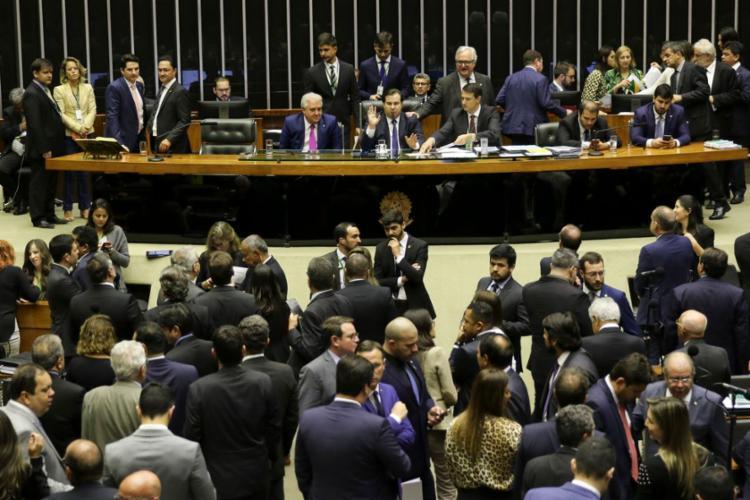 Segundo o presidente da Casa, Rodrigo Maia, a votação deve terminar nesta quarta-feira, 7 - Foto: Fabio Rodrigues Pozzebom l Agência Brasil
