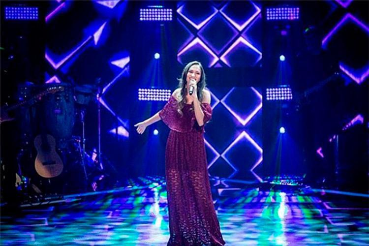 Natural de Feira de Santana, Amanda Magalhães entrou para o time da cantora Iza - Foto: Reprodução | Instagram