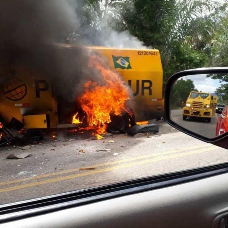 Grupo usou explosivos para ter acesso à quantia transportada pelo carro-forte - Foto: Divulgação | Verdinho Notícias