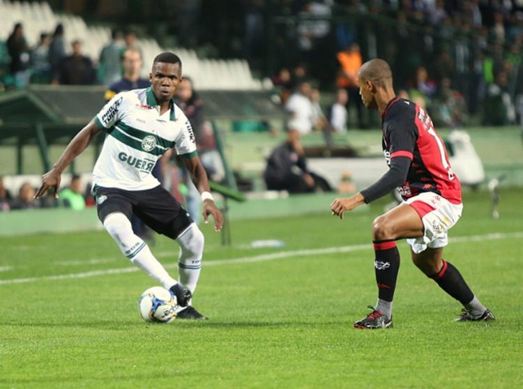 O time comandado por Carlos Amadeu mostrou muita raça e vontade em campo - Foto: Reprodução l Twitter @Coritiba