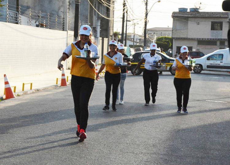 Corrida faz homenagem aos garçons e garçonetes, que celebram seu dia em 11 de agosto - Foto: Washington Nery   Divulgação