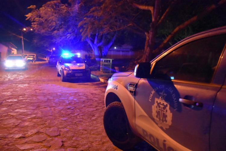 A polícia esteve no local para registrar o crime - Foto: Reprodução I Blog do Anderson