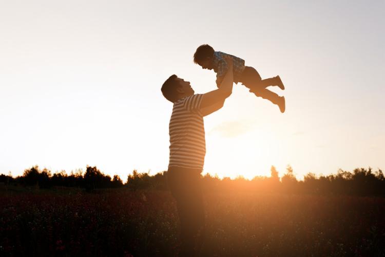 Pais devem conhecer direitos e deveres em relação aos filhos - Foto: Reprodução | Freepik