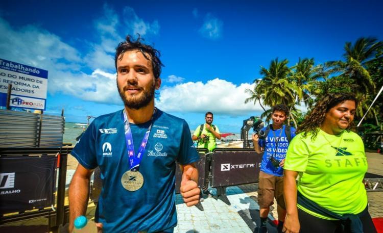 O triatleta Bruno Vieira, atual campeão da Copa Brasil sub-23, está entre os favoritos da prova - Foto: Divulgação