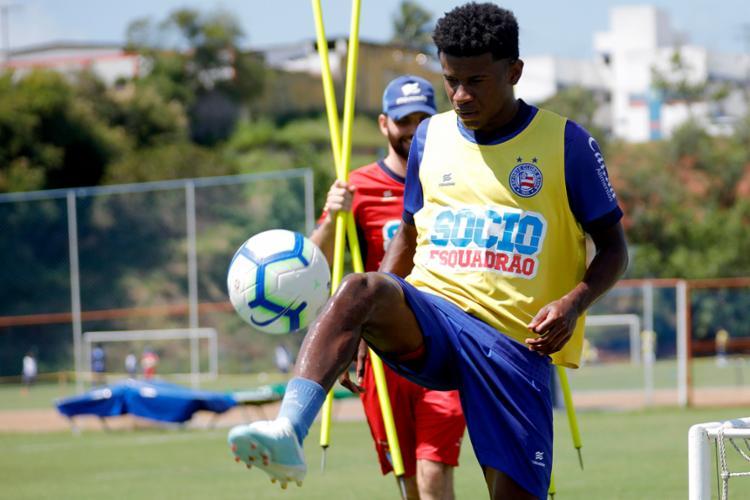 A negociação do meia foi confirmada nesta sexta-feira, 30, por Guilherme Bellintani - Foto: Felipe Oliveira | EC Bahia
