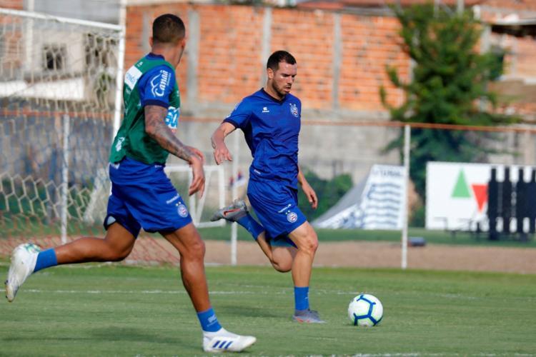 O elenco realizou um treino técnico com foco na posse de bola - Foto: Felipe Oliveira | EC Bahia