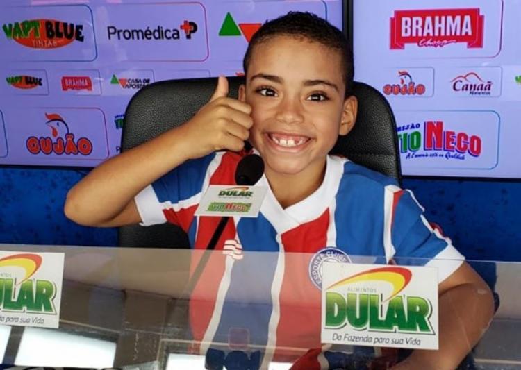 Até entrevista coletiva à imprensa o garotinho concedeu - Foto: Reprodução | Twitter