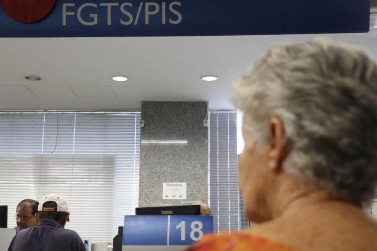 O dinheiro do benefício pode ser sacado até 30 de junho de 2020 - Foto: José Cruz   Agência Brasil