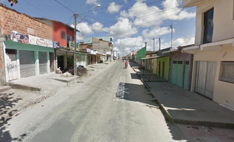 Vítimas foram atingidas por disparos no bar onde a mulher pediu ajuda - Foto: Reprodução | Google Maps