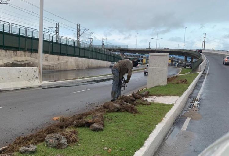 Após a o delito, equipes técnicas foram enviadas ao local e trabalham no reparo - Foto: Divulgação   Secom