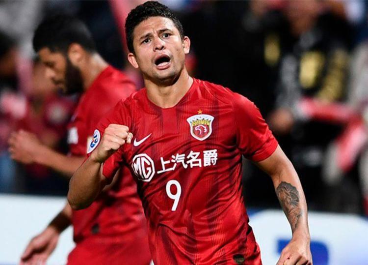 Presença do atacante na relação confirma a intenção da equipe de contar com mais jogadores naturalizados - Foto: Divulgação | Shanghai SIPG
