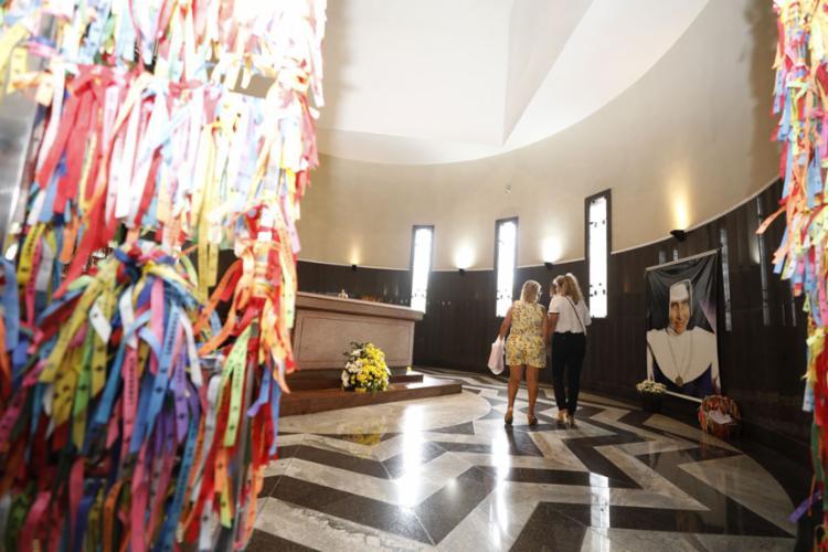 A Capela das Relíquias, onde fica o túmulo do Anjo Bom, também foi fechado - Foto: Joá Souza l Ag. A TARDE l 12.8.2019