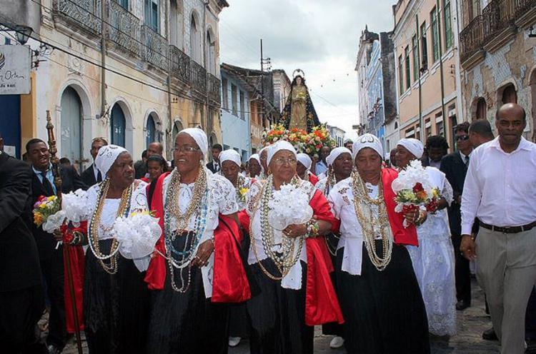Integrantes da Irmandade da Boa Morte em procissão - Foto: Jomar Lima l Divulgação l 15.08.2011