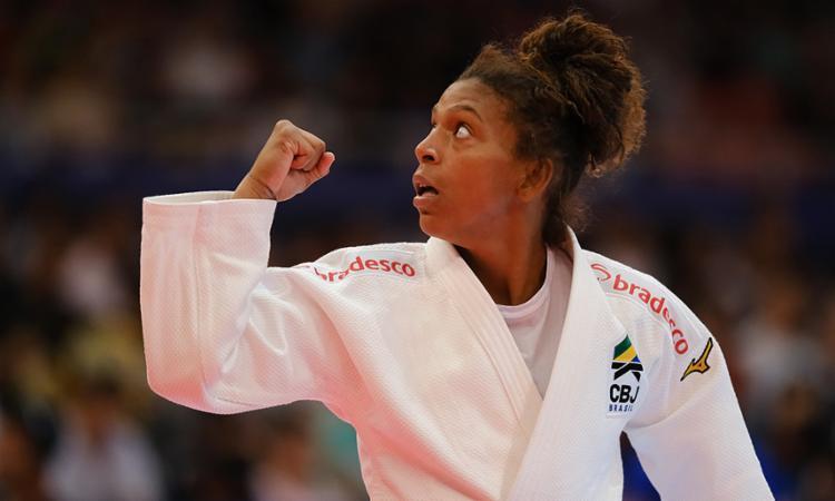 O bronze de Rafaela Silva veio com uma vitória por waza-ari sobre a francesa Sarah Leonie Cysique - Foto: Roberto Castro | RedeDoEsporteBr