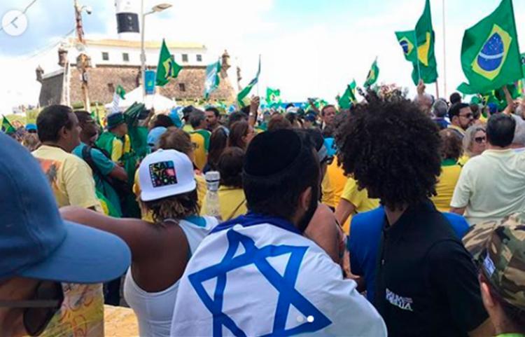 Grupo saiu em caminhada até o Morro do Cristo - Foto: Reprodução | Bahia Direita