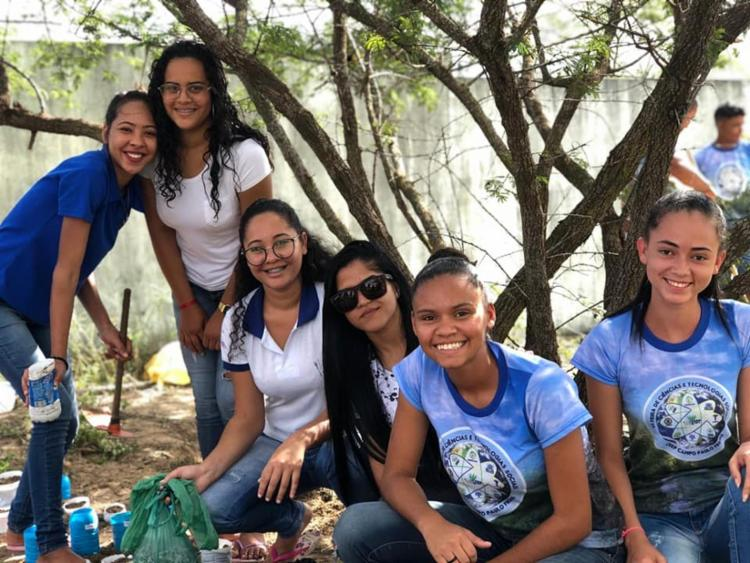 Alunos do CEEP estão desenvolvendo um projeto voltado à preservação de plantas encontradas na Caatinga, a exemplo da moringa. - Foto: Divulgação