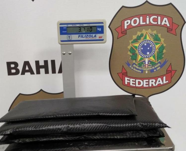 Droga estava no fundo falso de uma,mala - Foto: Divulgação | Polícia Federal