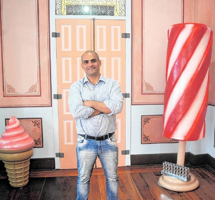 Tiago comemora o sucesso do Museu do Sorvete nas redes sociais - Foto: Felipe Iruatã I Ag. A TARDE