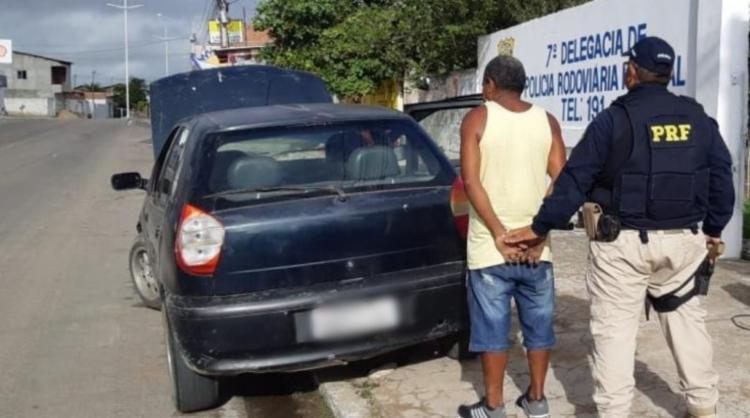 Carro foi furtado em 2015 - Foto: Divulgação   PRF